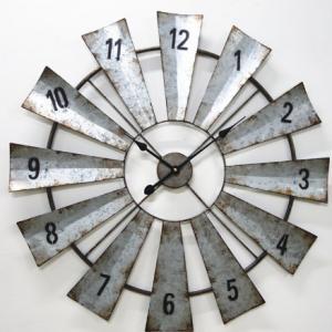 China Big Size Rustic Chinese OEM Vintage Farmhouse Decorate Antique Metal Decorative Large Windmill Quartz Wall Clock on sale