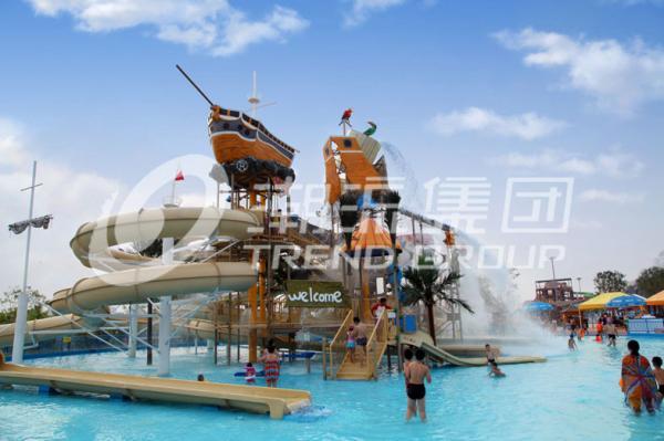 Quality Parcs aquatiques extérieurs colorés avec diapositives d'eau de fibre de verre l'espace de 29 x de 27m for sale