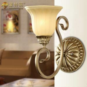 China Custom OEM  Single Head Silver Unusual Indoor Wall Lights for Kitchen on sale