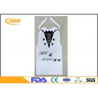 China Disposable BBQ PE Bibs For Food Service , Restaurant Bibs With Snaps / Ties wholesale