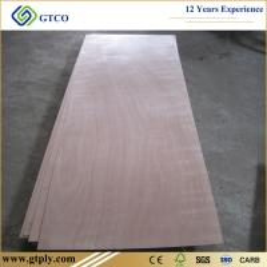 China 820X2150X2.7mm Okoume Veneer Door Skin Plywood on sale