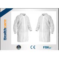 China Micropous Medical Disposable Lab Coats Press Studs Or Velcro Fastening Food Grade on sale