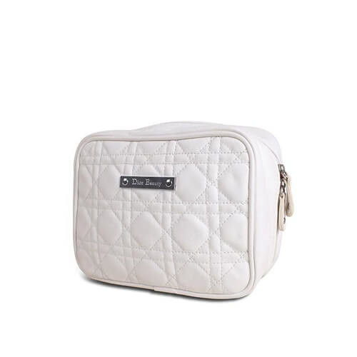 Quality Custom PU White Leather Quilted Makeup Bag Toiletries Carraier Zipper Closure for sale