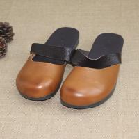 China Cow Grain Leather Closed Toe Slippers Slip On Sandals Genuine Leather Shoes on sale