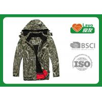 100% Polyester Outdoor Softshell Jacket For Hiking / Hunting L-008