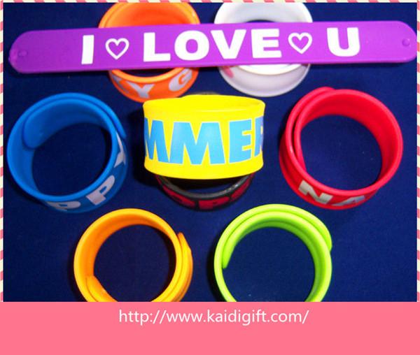 Quality hot selling custom fashion reflective slap bracelet for sale