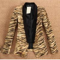 China Women′s Leopard Turn Down Collar Casual Suit, Jacket on sale