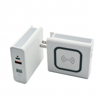 China Mobile phone Travel 10w Qi Power Bank With Wireless Charging on sale
