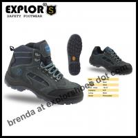 China men's hiking boots steel toe boots  waterproof boots climbing shoes safety shoes for men on sale