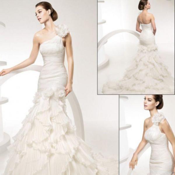 designer for fendi  designer wedding dress