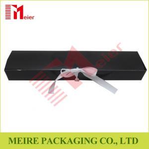 China Art Card hair extension packaging black color glossy printing hair box with ribbon closure wholesale