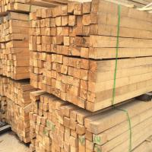 China Custom Cut Pine Wood Sawn Timber / Planed Hardwood Timber Environmental Protection wholesale