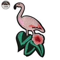 China Popular Flamingo Iron On Patch , Embroidery Pink Flamingo Patches Customized Size wholesale