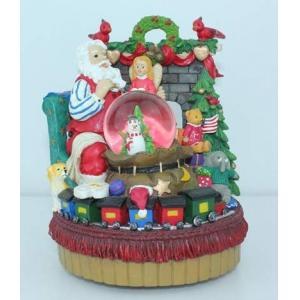 China 2012 new polyresin snow globe wedding gift item on sale