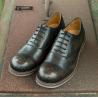 China Sapatas respiráveis redondas dos esportes do preto do mocassim dos calçados casuais de couro dos homens dos planos do dedo do pé wholesale