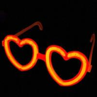 China Glow-in-dark Heart Glasses with 8-inch Glow Stick, Ideal for Party Light wholesale