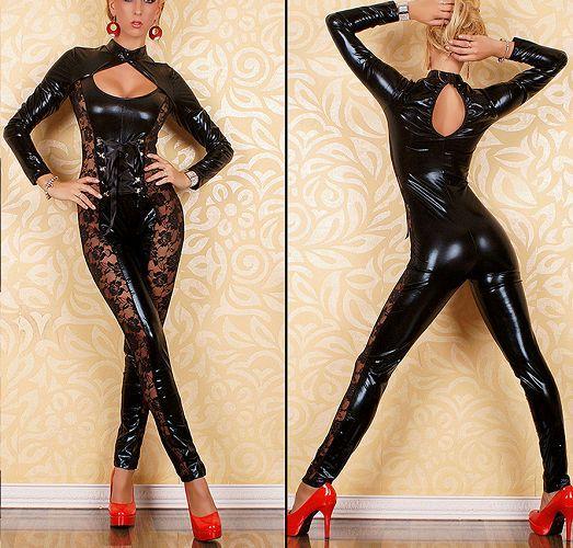 Сексуальный костюм из винила с кружевами по бокам - Одежда и обувь в Санкт-Петербурге