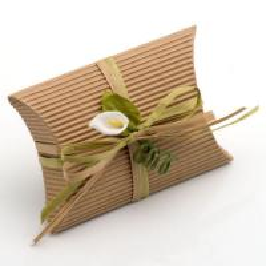 China Custom Printing Logo Brown Corrugated Cake Boxes wholesale