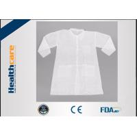 China Long Sleeve PP Disposable Lab Coats Medical Gowns Fluid Resistant Single Use wholesale