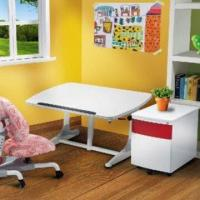 China Ergonomic Children's Table and Chair Set, Easy to Use, Child Safe on sale