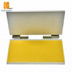 China Notebook Type Beeswax Foundation Sheet Casting Mold Machine portable foundation machine wholesale