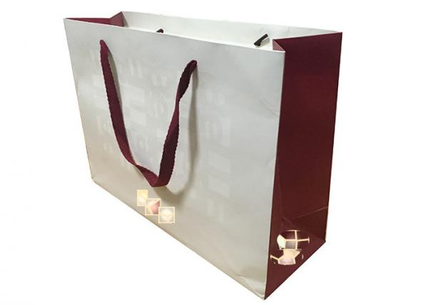 personalised business paper bags Imprinted gift bags give business gifts an extra employee tip on promotional gift bags: add excitement to any gift-giving occasion with personalized gift bags.