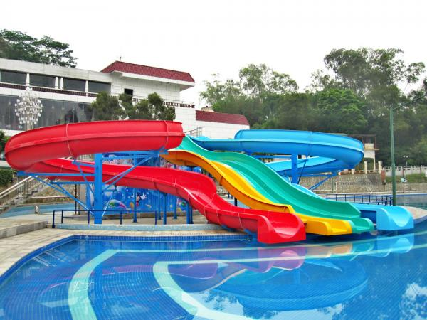 Swimming Pools With Slides For Kids Type