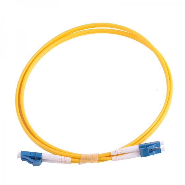 fiber optic cable facts essay Fiber optic cable functions as a light guide, guiding the light introduced at one end of the cable through to the other end the light source can either be a light-emitting diode (led)) or a laser.