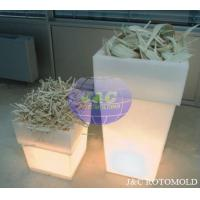 China LLDPE Plastic LED Square Garden Pots And Planters By Precision Rotational Molding wholesale
