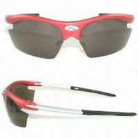 China Interchangeable Lens Sports Sunglasses with Poly Sticker on Front of the Frame on sale