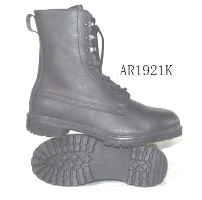 are oakley boots authorized in the army  army boots art no:ar1921k