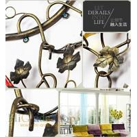 China Wall-mounted Iron Wine Rack Wall-hanging Style design Home decoration Metal craft wholesale