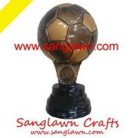China S3001 Football resin gifts Metal Crafts wholesale