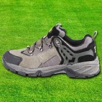 China Shoes and hats Football series of men's tennis shoes on sale