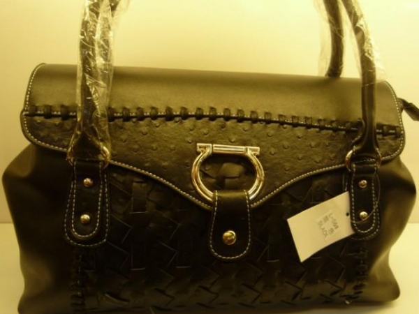 authentic burberry bags outlet online  designerbranded authentic