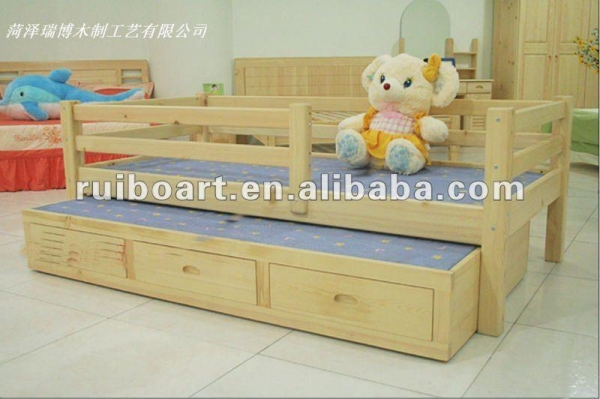 Quality Pine solid wooden children bed for sale