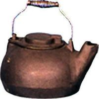China 1489 - CAST IRON TEA KETTLE (2 QUART CAPACITY ) on sale