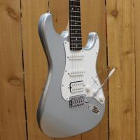 Buy cheap Squier Affinity Stratocaster from wholesalers