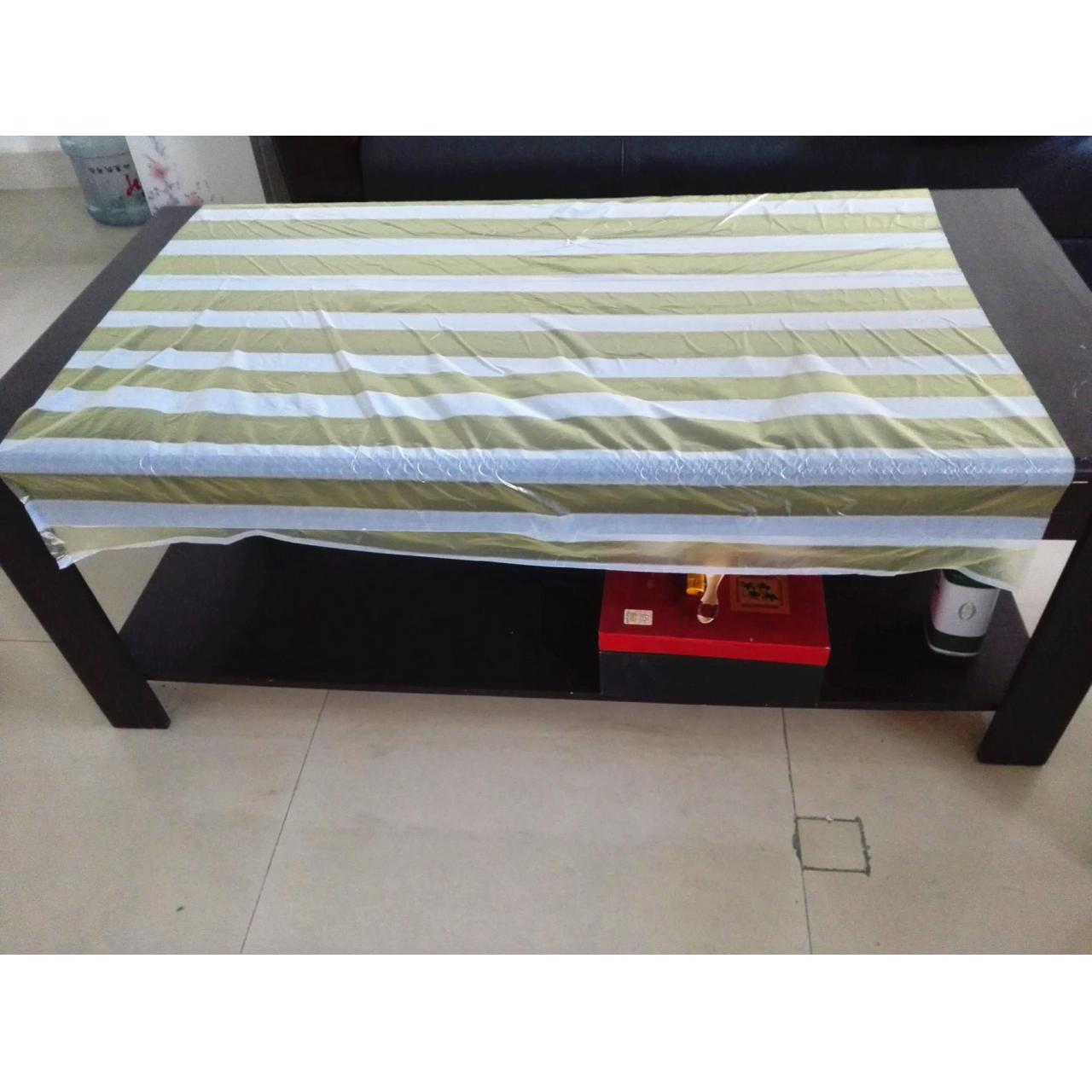 China Disposable tablecloth wholesale