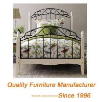 China Romantic Metal Double Bed Frame in White with Wooden Legs on sale