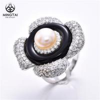 China Flower shape 925 silver wholesale diamond rings, onyx ring with pearl wholesale