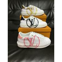 China Wholesale High Quality Alexander Mcqueen Leather Shoes White Sneaker Sporty Shoe wholesale